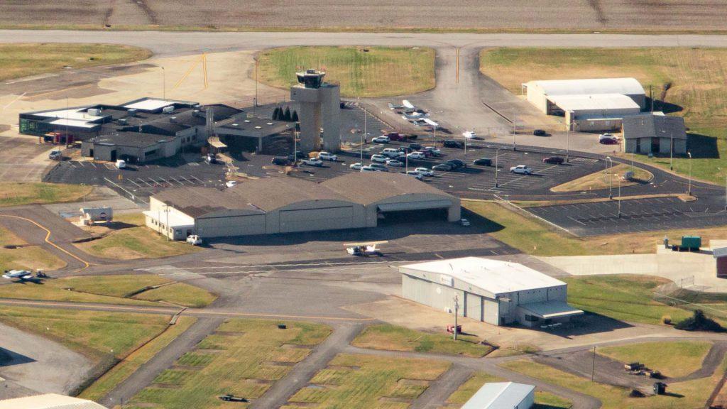 Owensboro-Daviess County Regional Airport Overhead